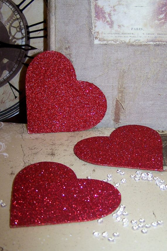 Hearts made from chipboard covered with diamond dust