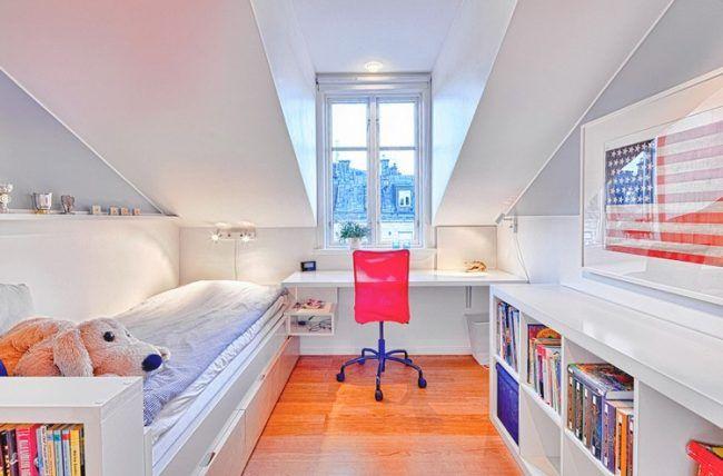 Dachschraege Ideen Kinderzimmer Jugendzimmer Weiss Blau Rot Clara