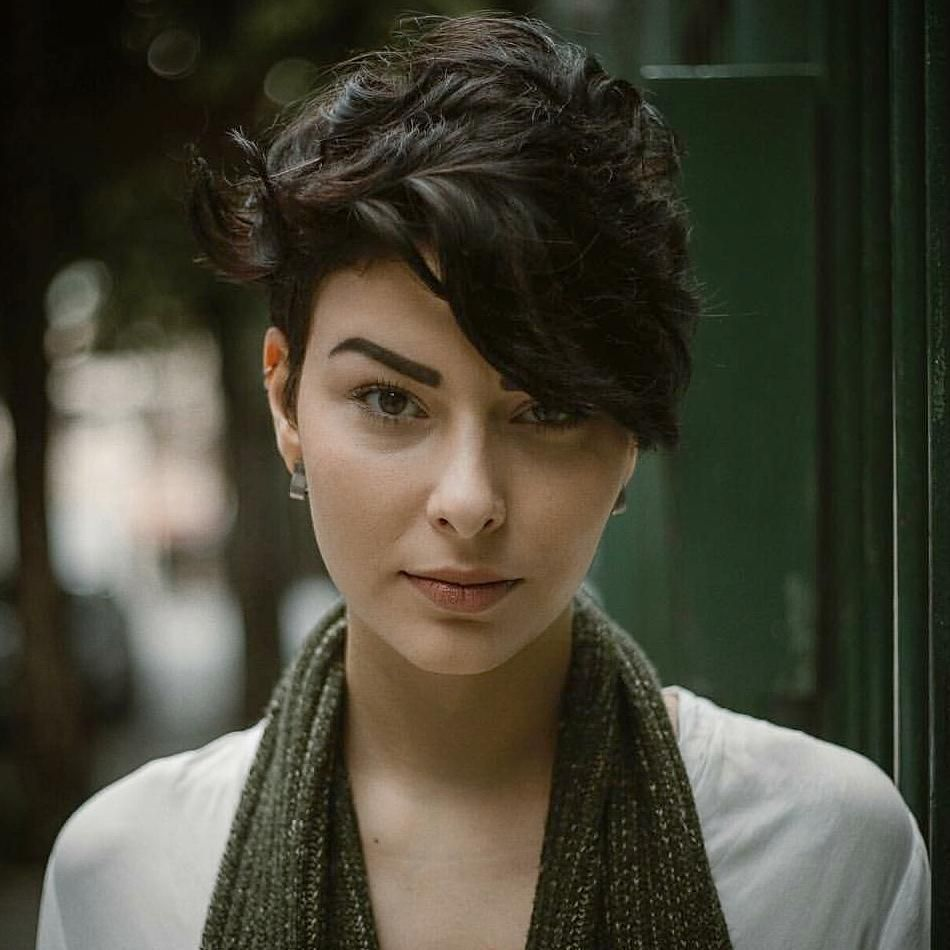 trendy short hairstyles for women over hair and beauty