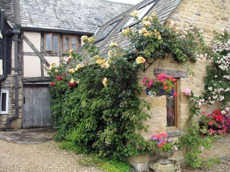 Piccoli giardini di campagna inglesi luoghi da visitare