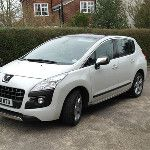 Am testing the Peugeot  3008 ALLURE e-HDi 112 all week, looks nice http://twitpic.com/8vdhe1