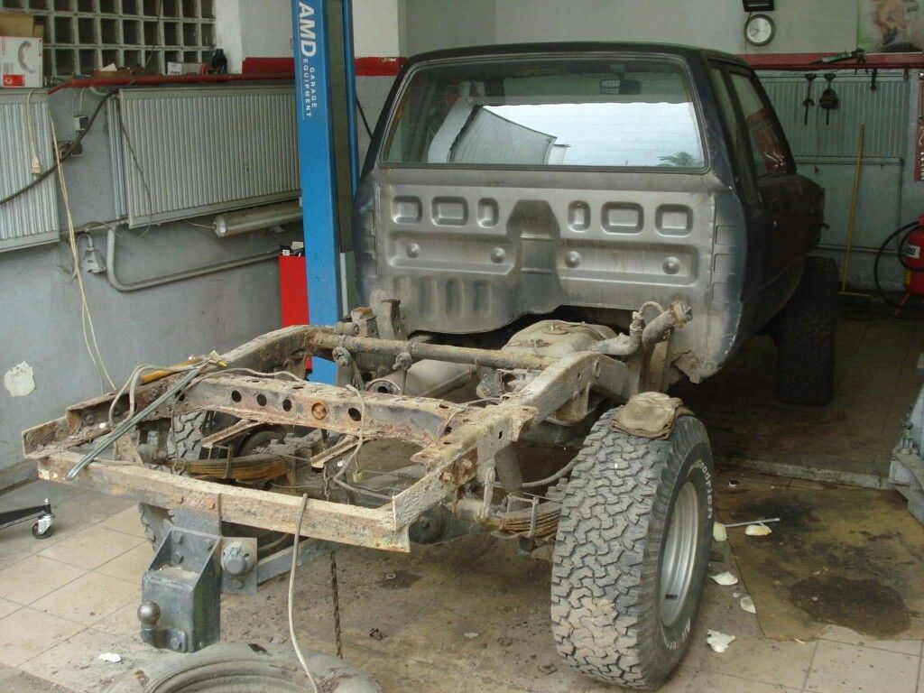 medium resolution of 1987 toyota hilux without bed