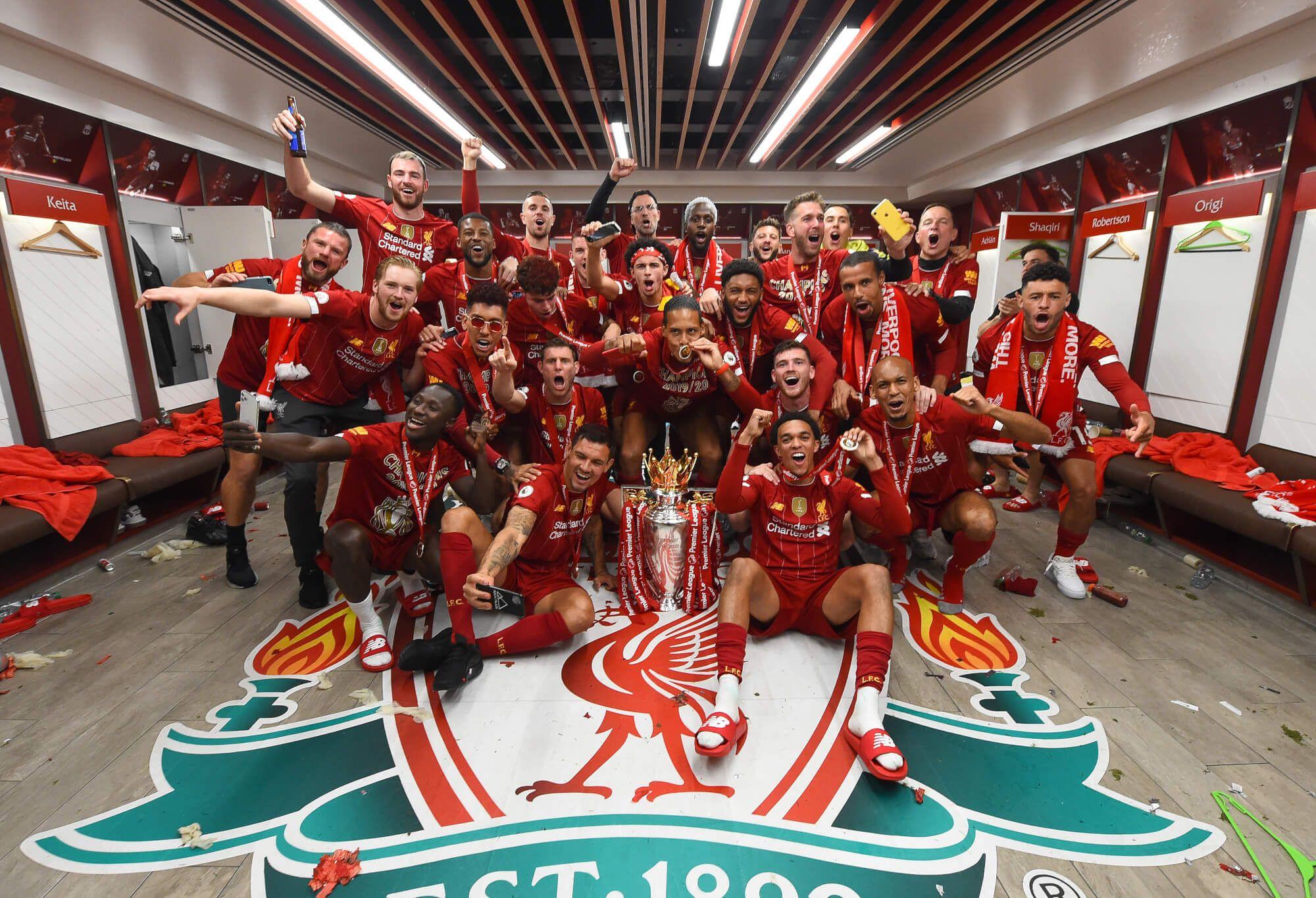 Dressing room photos champions celebrate premier league
