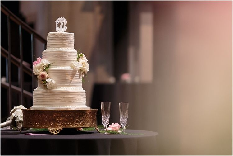 Delicious And Gorgeous Elegant Wedding Cake By Kathy S Cakes In Greenville Sc