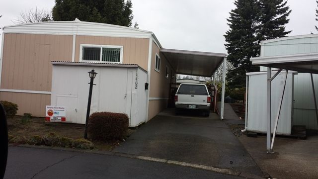 Homette Mobile Home For Sale In Tigard Or Mobile Homes For Sale Mobile Home Home Upgrades