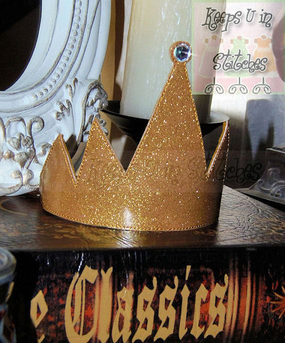 ~ KUIS eXcLuSiVe Snow White's Evil Queen Inspired Large Sized Gold Glitter Vinyl Crown WITH AB Crystal Gemstone ~   Whether being chased down by