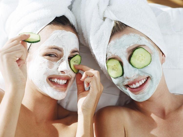 gesichtsmaske mit quark gegen pickel selber machen beauty pinterest gesicht masken und. Black Bedroom Furniture Sets. Home Design Ideas