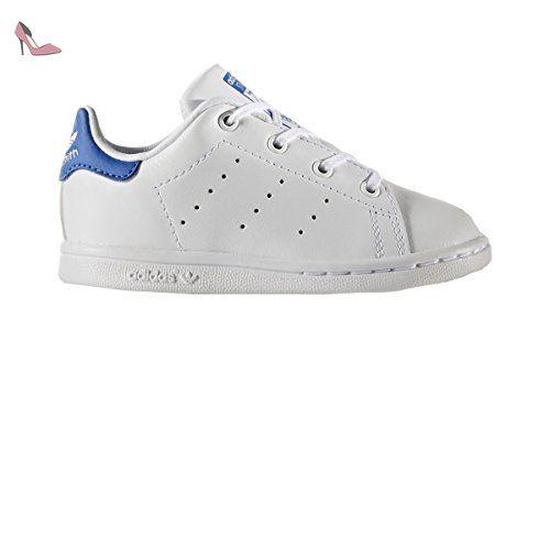 Superstar, Baskets Mixte Bébé, Noir (Core Black/Footwear White/Footwear White), 23.5 EUadidas