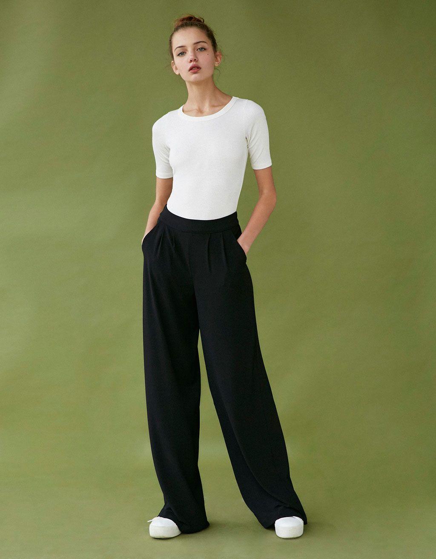 Pantalon Ancho Fluido Pinzas Back To The 90 S Bershka Espana Pantalones Anchos Pantalones Moda