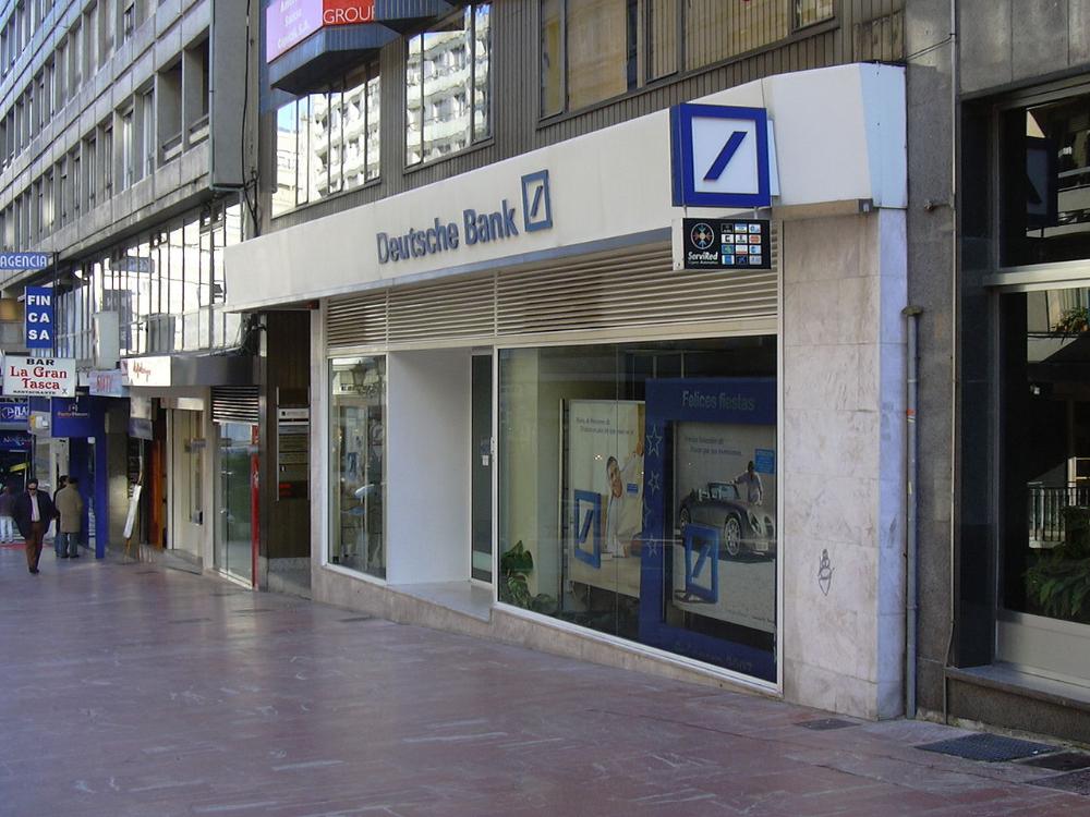 Oviedo07 Deutsche Bank Wikipedia In 2020 Investment Bank Investment Banking Post Bank