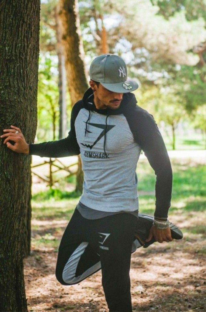30 Best Sports Outfits For Men To Try - Instaloverz