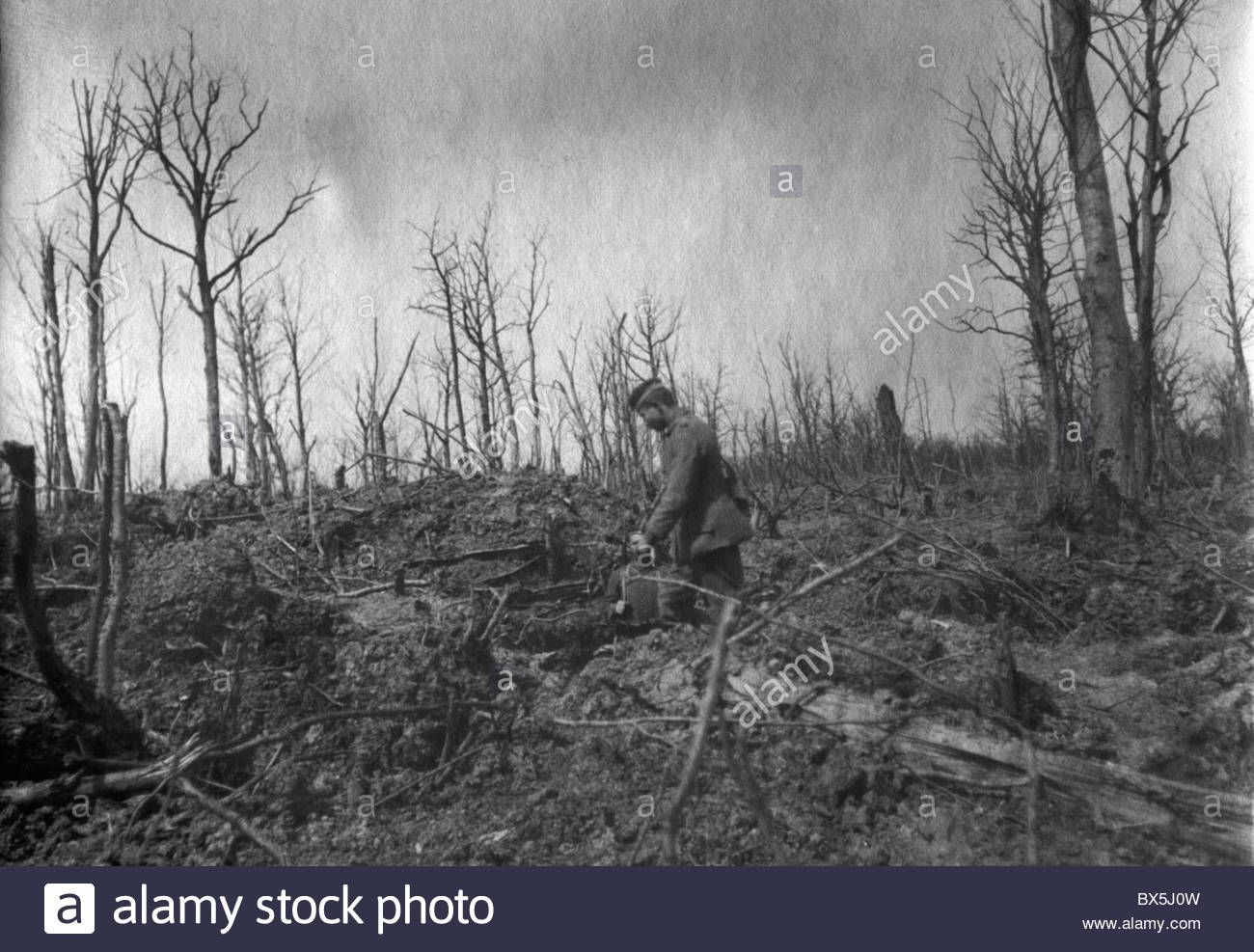 german soldiers in a destroyed landscape history wwi