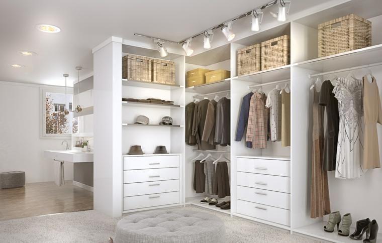 Wie Man Eine Kommode In Einem Raum Herstellt Und Organisiert Dekoration Ideen Schlafzimmer Schrank Ankleide Zimmer Kommode Buche