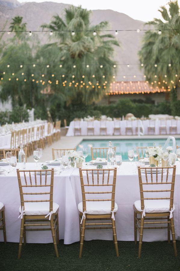 Modern Chic Poolside Wedding Elizabeth Anne Designs The Wedding Blog Backyard Wedding Pool Poolside Wedding Reception Pool Wedding