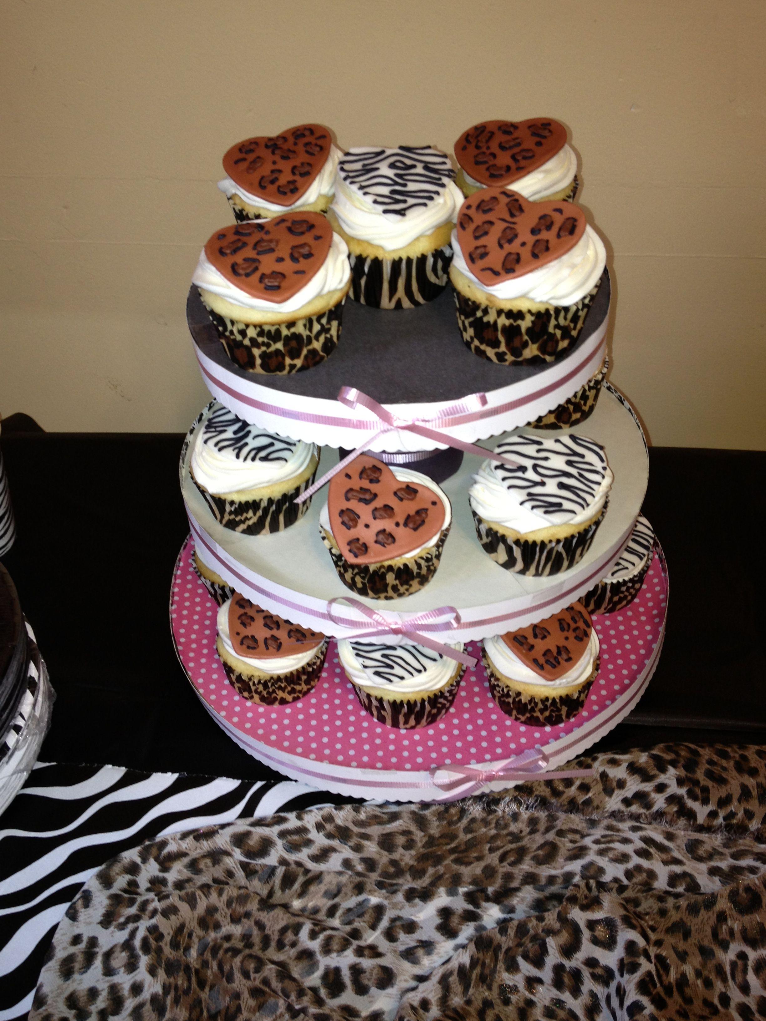 Animal print cupcakes cheetahzebra made by micookies