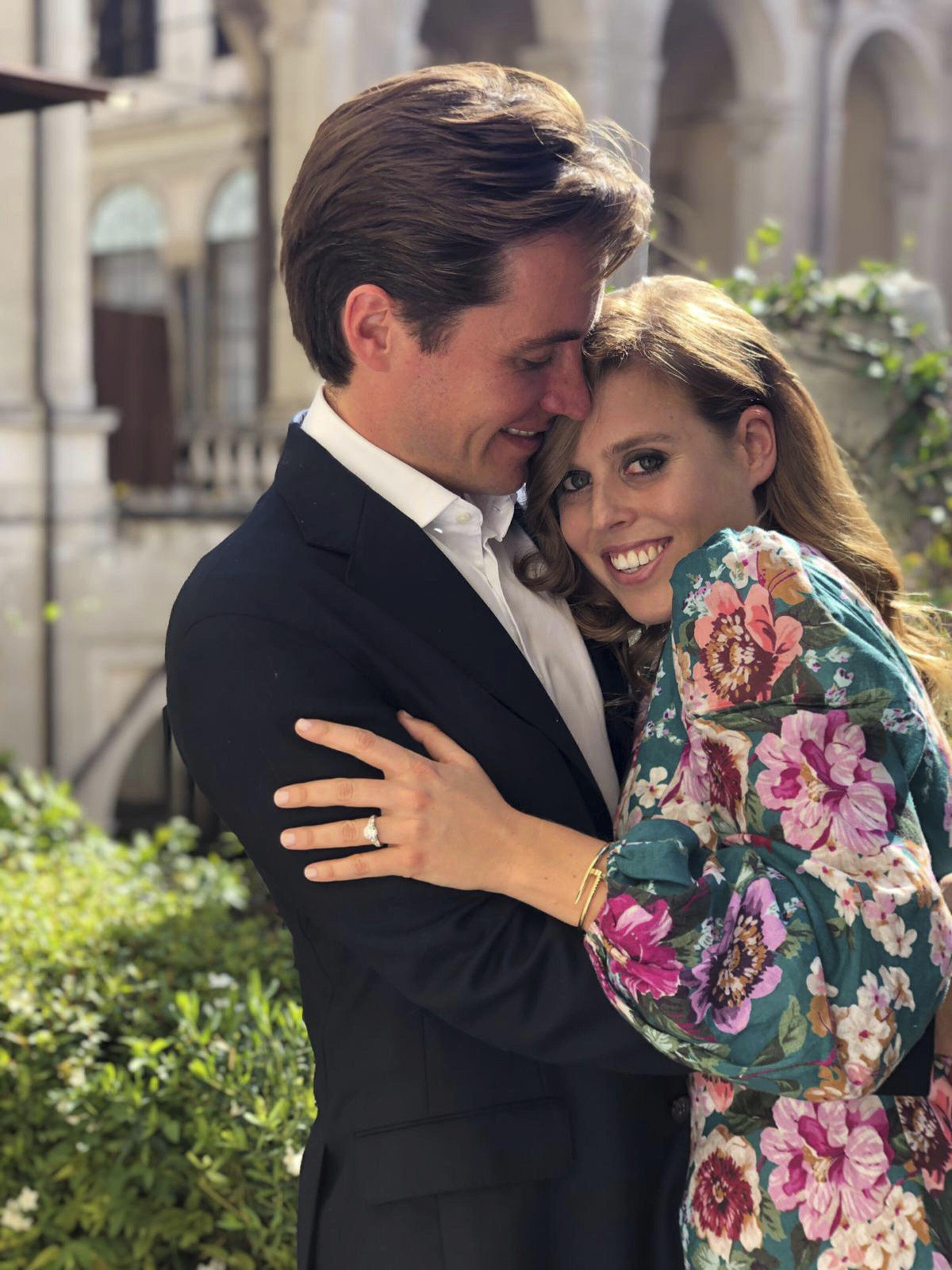 Royals Darauf Konnen Wir Uns 2020 Freuen Prinzessin Beatrice Verlobungsringe Prinzessin Prinzessin Eugenie
