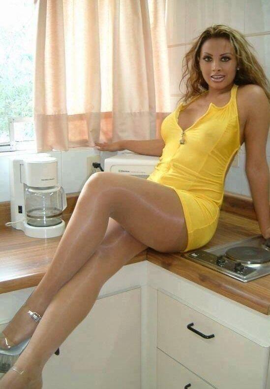 Pantyhose Legs And Feet Free Pics