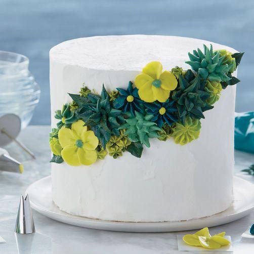 Shades of Green Floral Cake | Wilton cake decorating, Cake ...