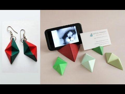 Origami Instructions Pour Une Pyramide Stand IPhone Ou Cartes De Visite