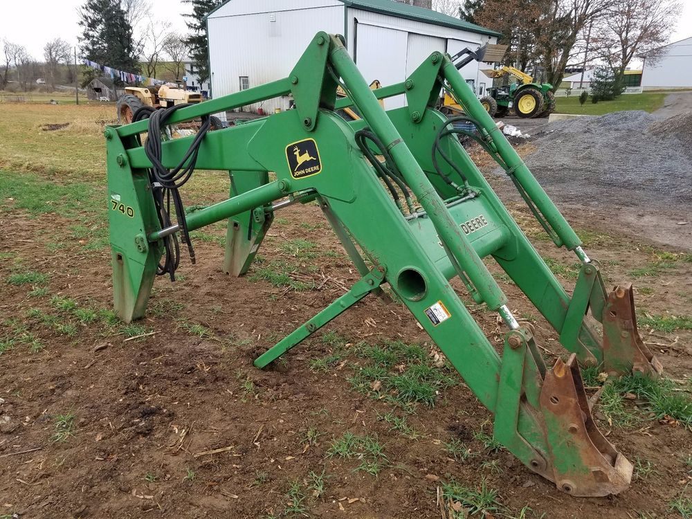 John Deere 740 Tractor : John deere self leveling loader tractor attachment