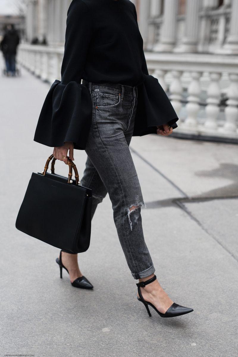 Statement Sleeves & Top-Handle Bags I More on viennawedekind.com