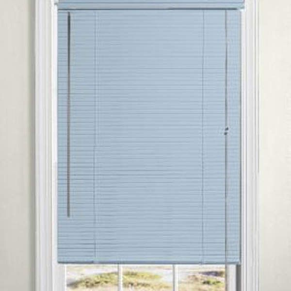 Levolor Riviera One Mini Blinds The Better 1 Metal Blind Option Integrated Valance Provides A Contemporary Appearance Light Metal Blinds Mini Blinds Blinds