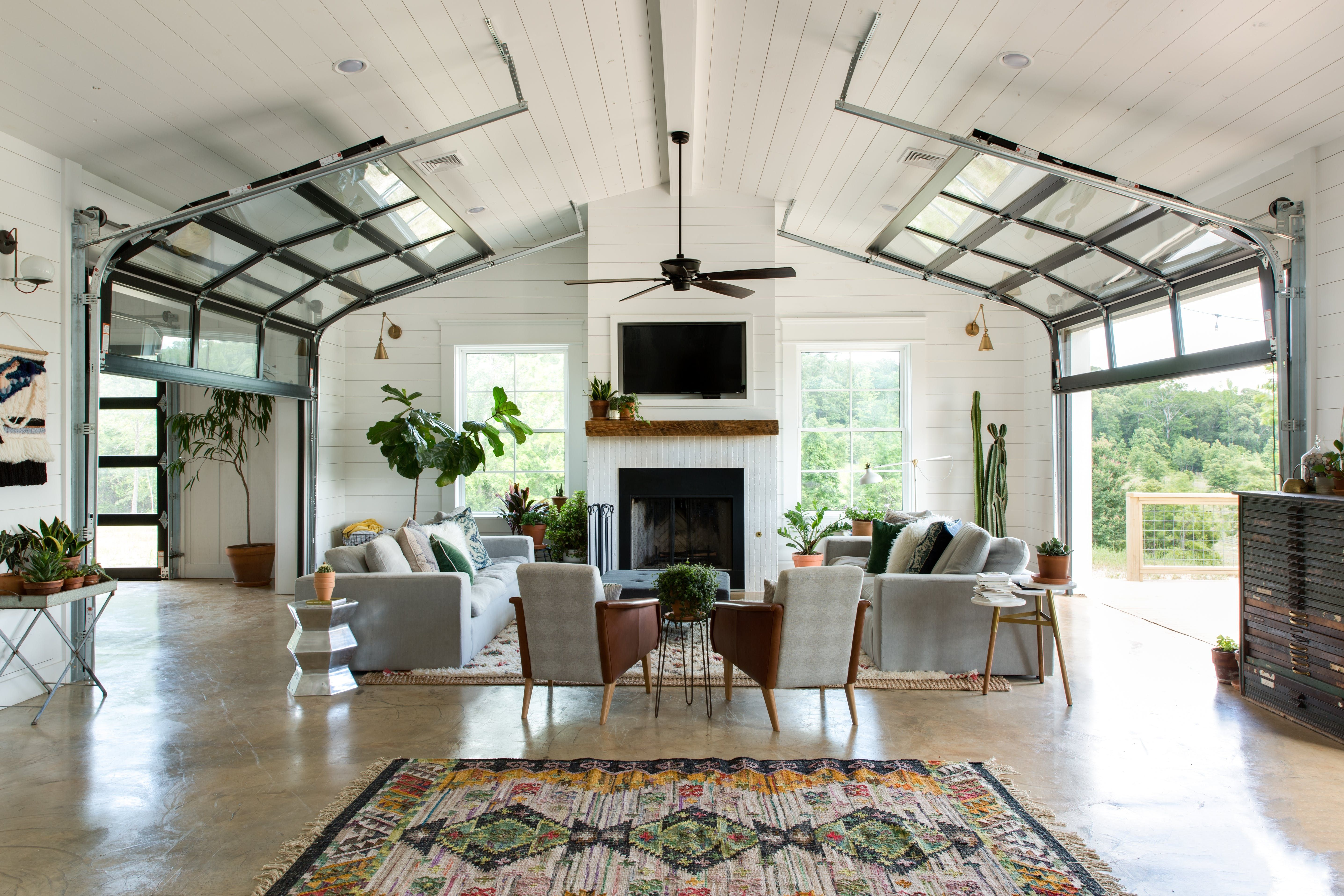 A grapher and Bag Designer s Eclectic Dream Barn House in the
