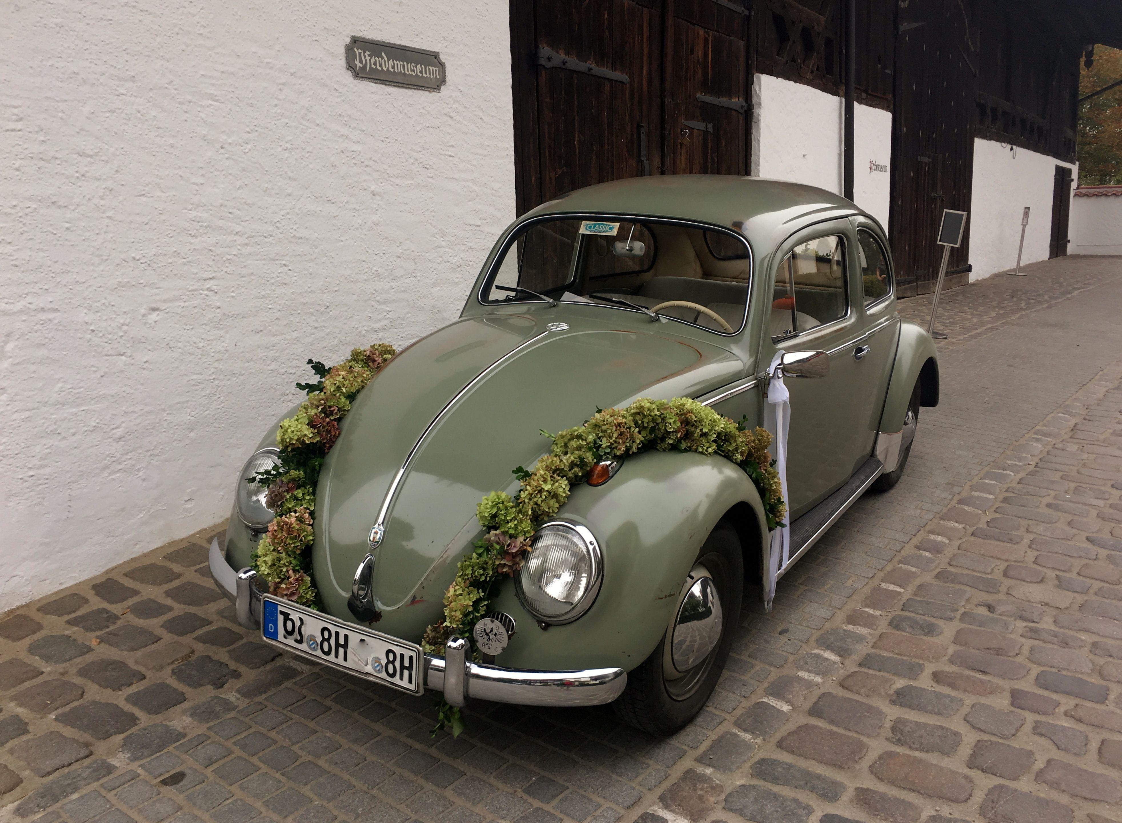 Hochzeitsauto   Septemberhochzeit #wedding #car #hochzeitsauto #dekoration #hochzeit