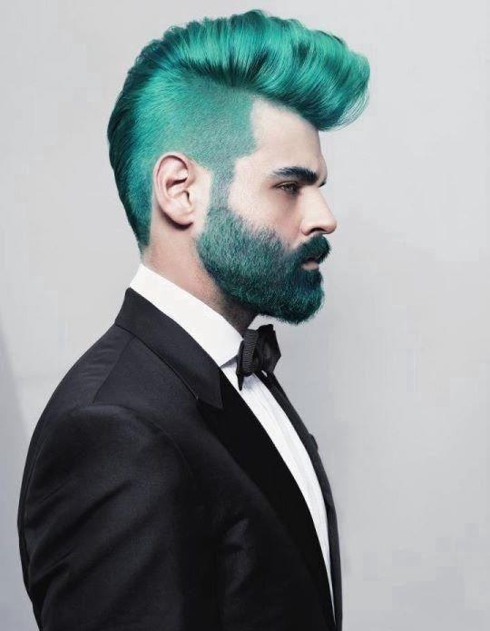 green facial hair!! LOLz WOW This guy is crazy ahaha