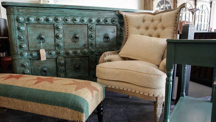 Furniture Stores In Chicago For Home Goods And Decor Bestfurniturestores
