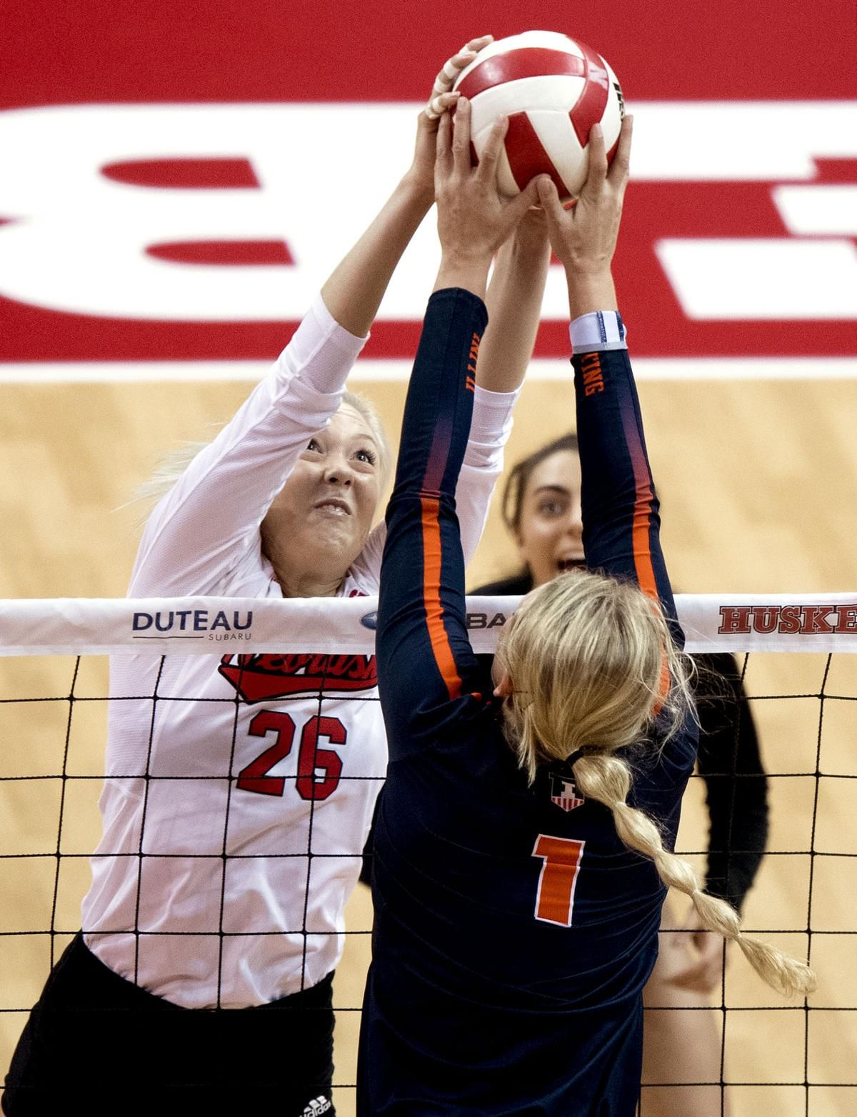 Nebraska Volleyball Players Eager For Chance To Break Season Tie With Illinois This Time Volleyball Players Female Volleyball Players Professional Volleyball