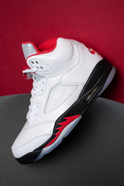 "Air Jordan 5 Retro ""Fire Red Silver Tongue (2020"