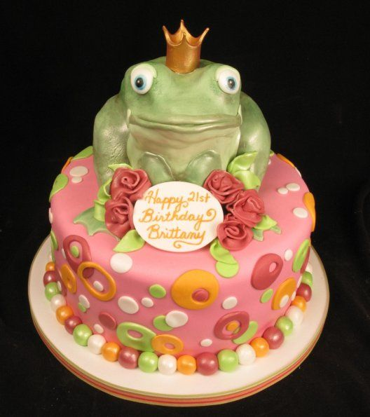 Fun cake Carved cake 3D Fondany green pink dots girly 21st