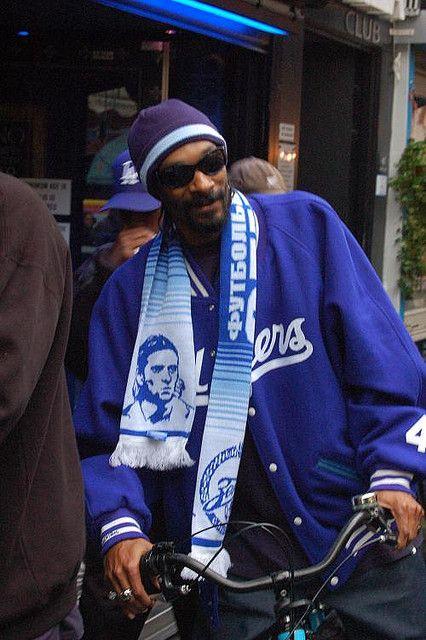 Snoop Dog on his bike in Amsterdam. On his way to the Bulldog 'coffee' Shop.