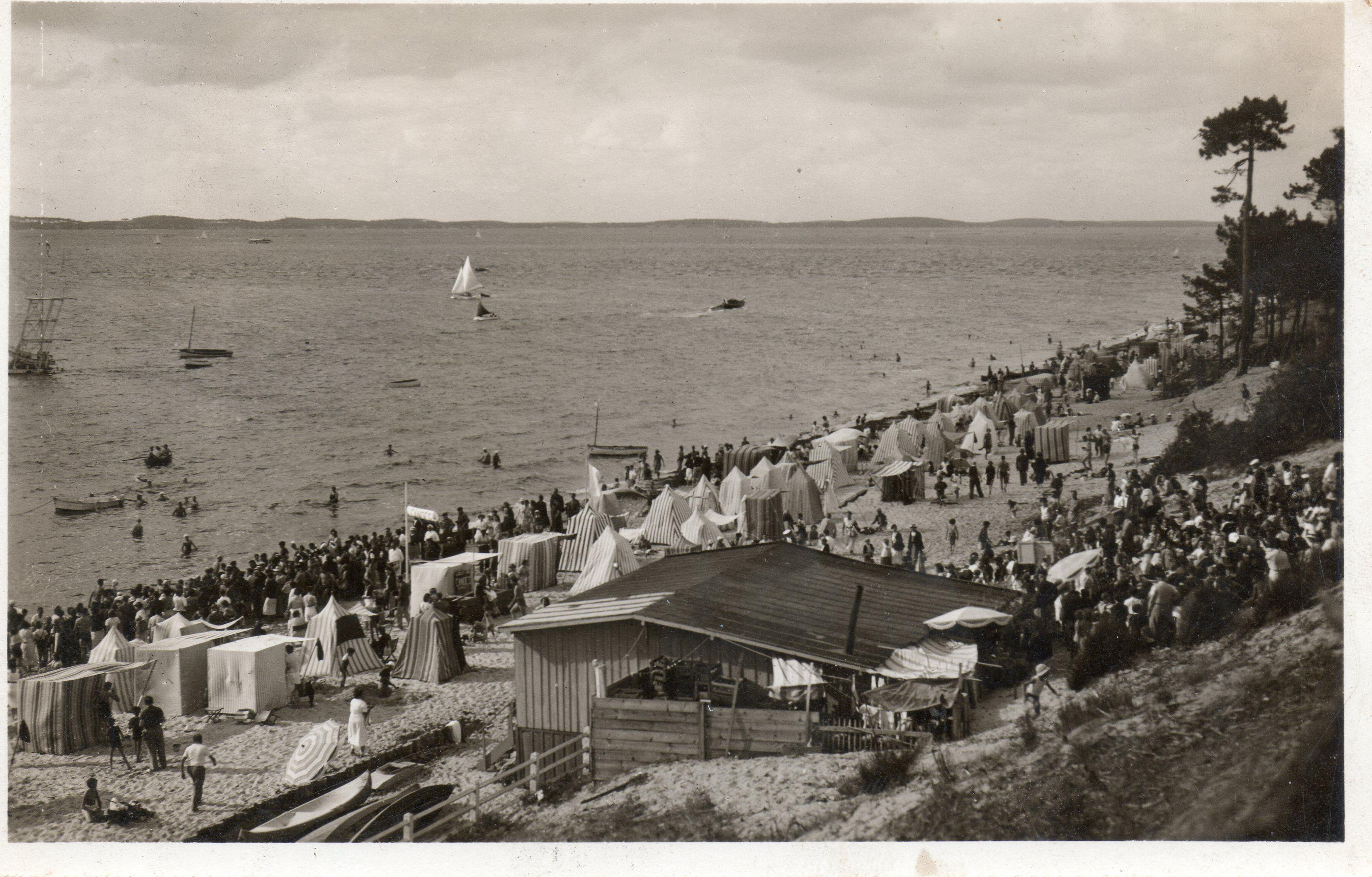 Arcachon Gironde plage des Abatilles 1948