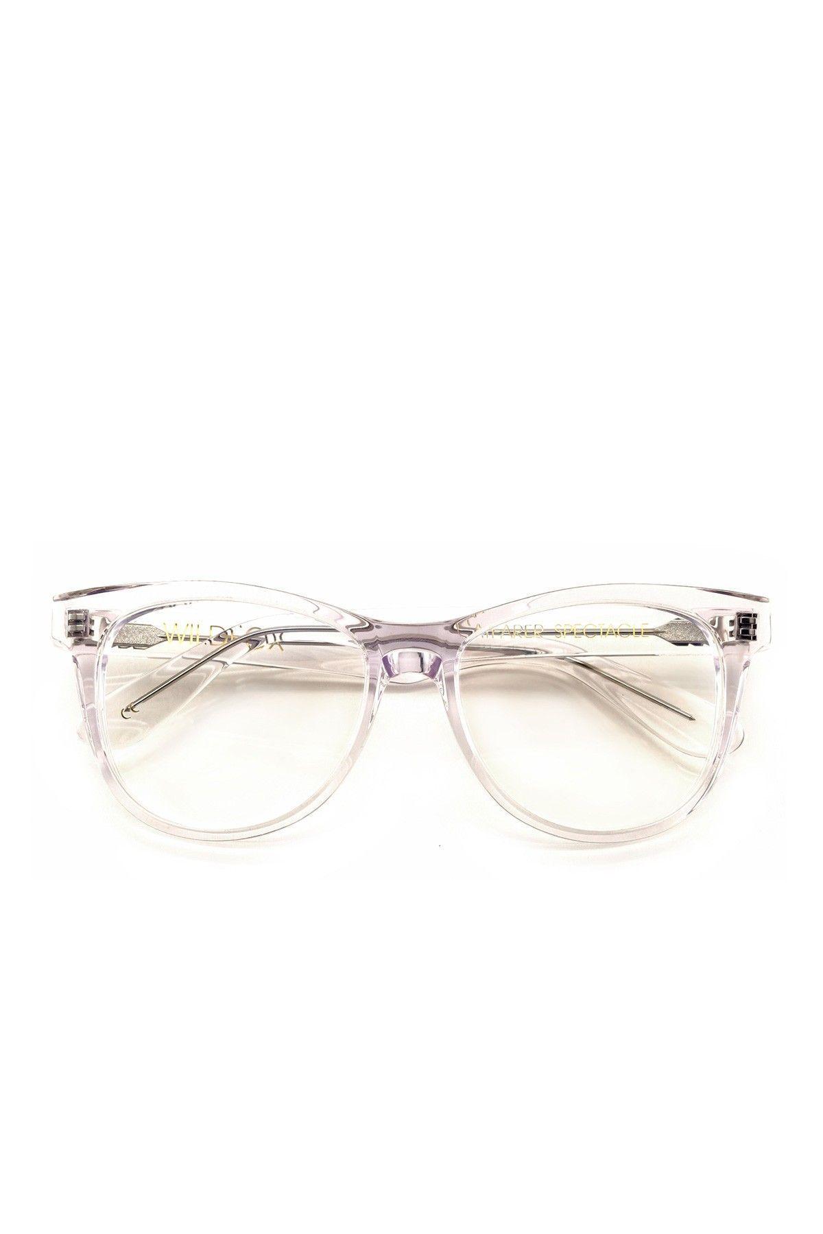 News Photo : Model Daniel Bamdad wears Rayban sunglasses... | ray ...