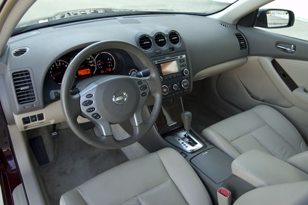2010-nissan-altima-sr-v6-dash.jpg (600×399) | my car | Pinterest ...