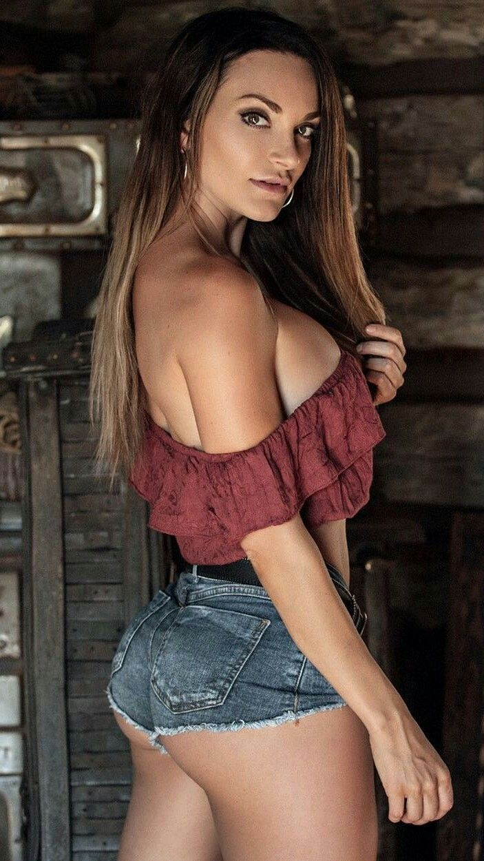 Nienna Jade Sexy Amp Hot Pinterest Jade And Curves