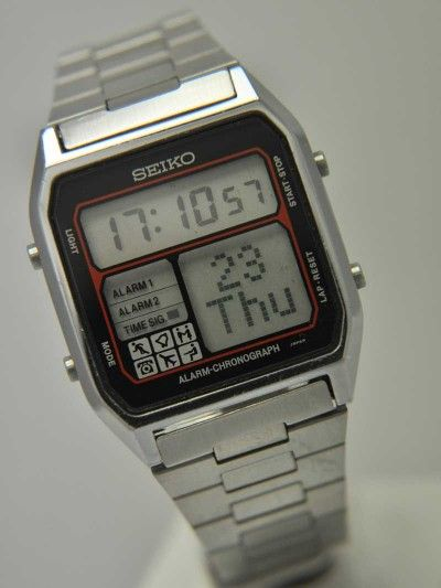 76cf418b1b67 Vintage Digital Watch - Brought to you courtesy of DigitalWatchLibrary.com