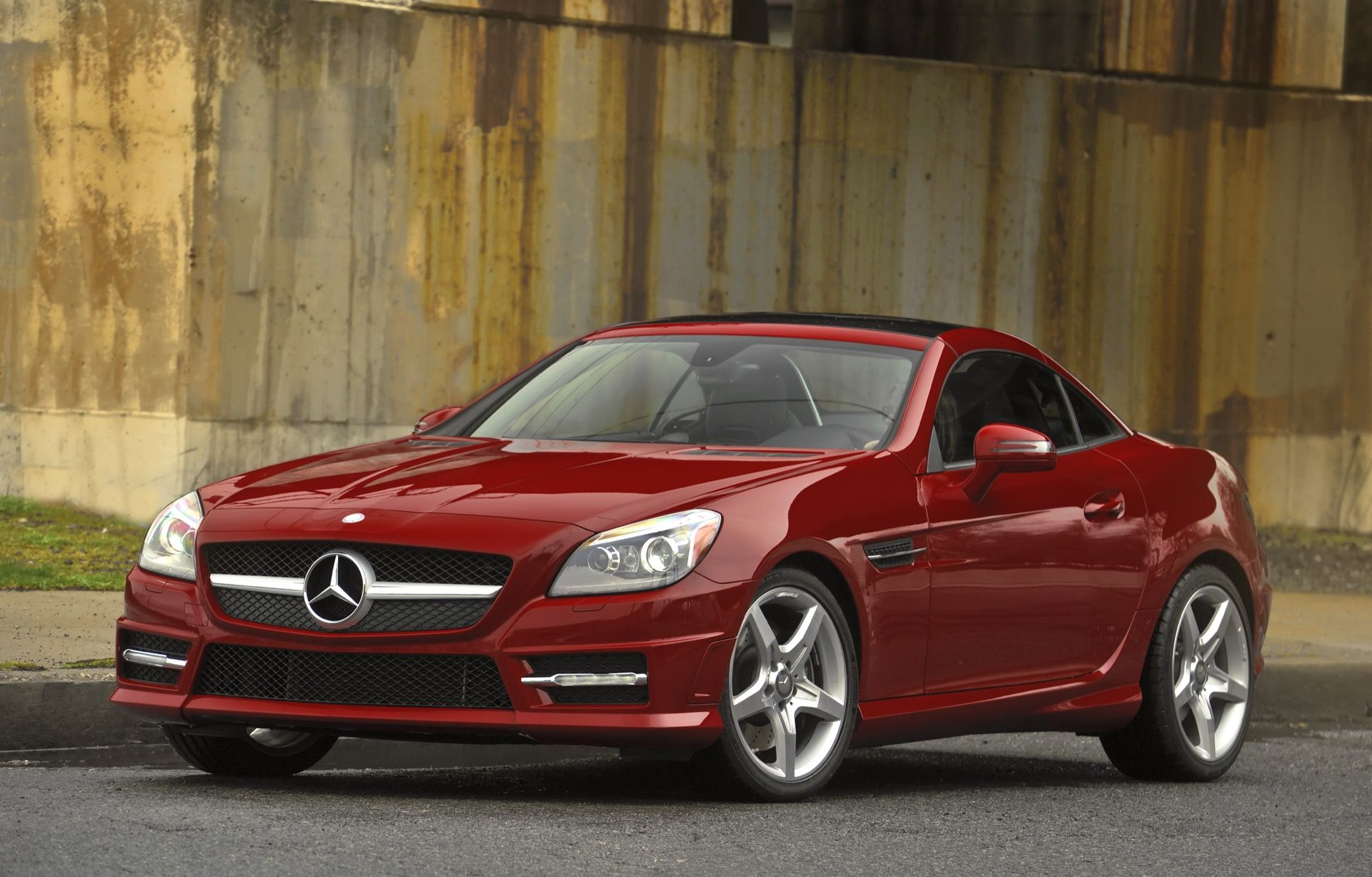 Get the latest reviews of the 2016 mercedes benz slk class find prices