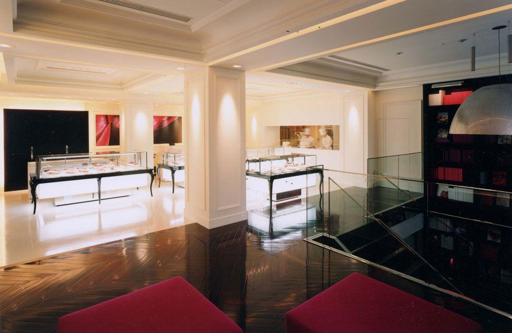 Concept Store Henri Charpentier au Japon, Tokyo, par l'architecte d'intérieur Jean-Philippe Nuel. 2003
