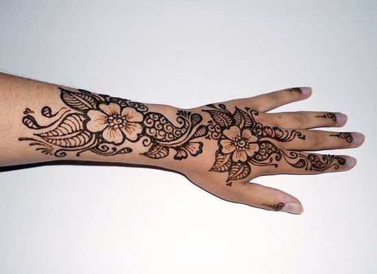 Pin By Chris Biscardi On Leg Tattoo Sources Henna Henna Tattoo