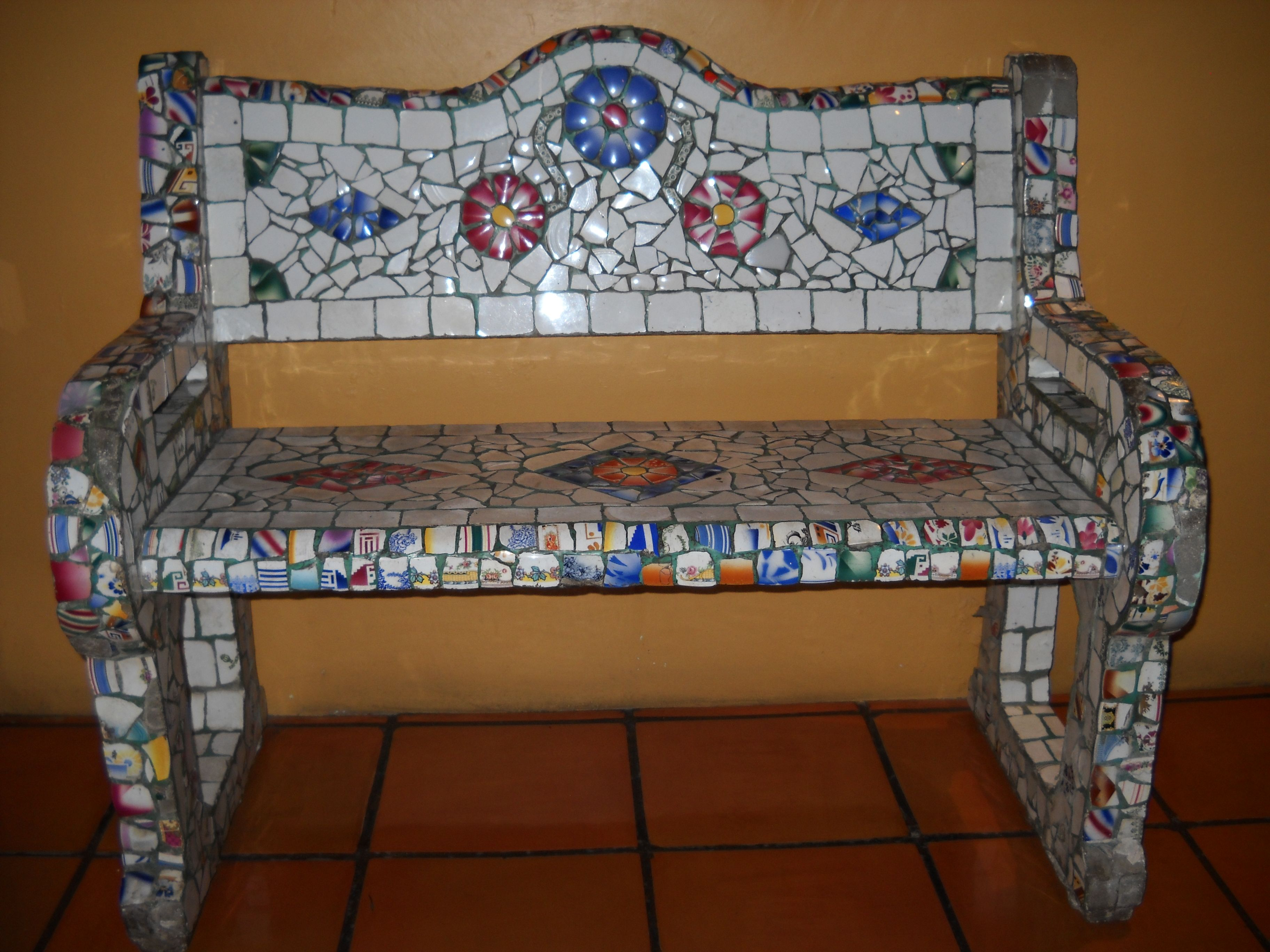 Mosaic Bench In Mexico Someday I Will Make One Of These
