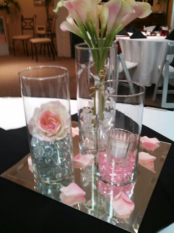Rd table center piece small holder will have glass beads