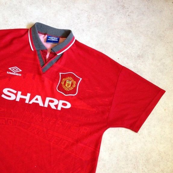 manchester united home shirt 94 96 link in bio mufc manunited manchesterunited united oldtr retro shirts classic football shirts vintage football shirts manchester united home shirt 94 96