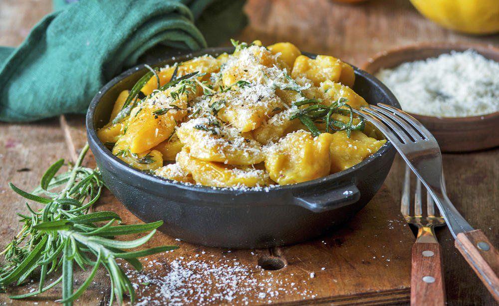 Herbstliches Rezept: Kürbis-Gnocchi mit Rosmarin und Parmesan #herbstgerichte