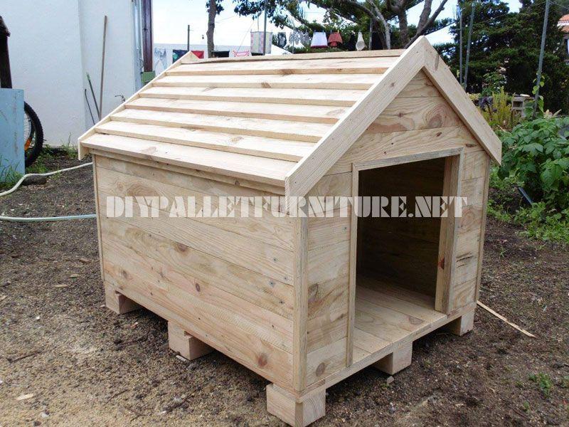 niche construite avec des palettes | dog houses, dog and pallet