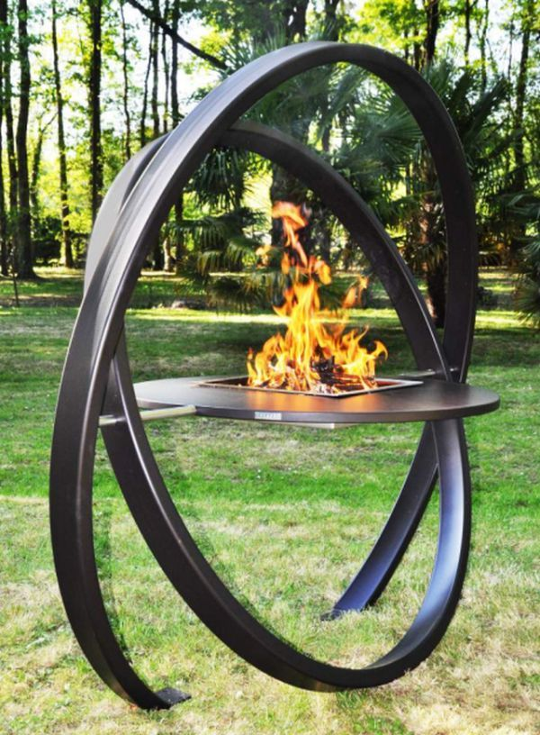 KARA BBQ grill by Cesarré doubles as a beautiful sculpture