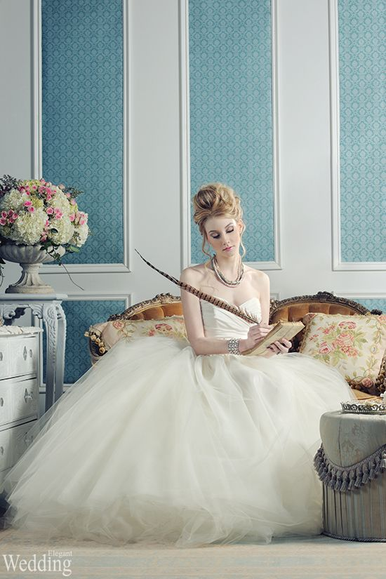 Have you considered a Marie-Antoinette theme for your wedding? Live ...