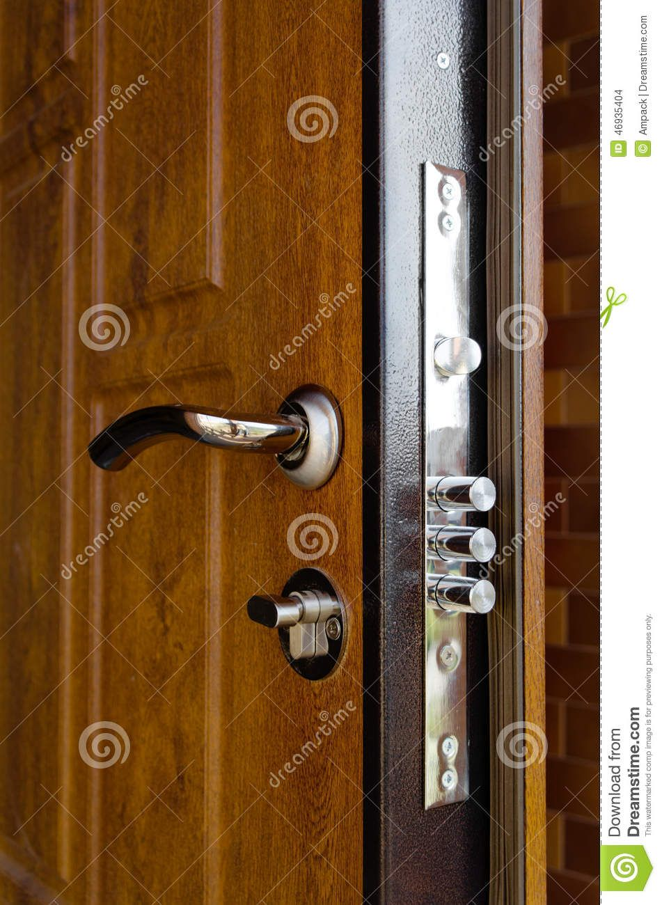 Triple cylinders new high security lock installed wooden for Door handle with lock